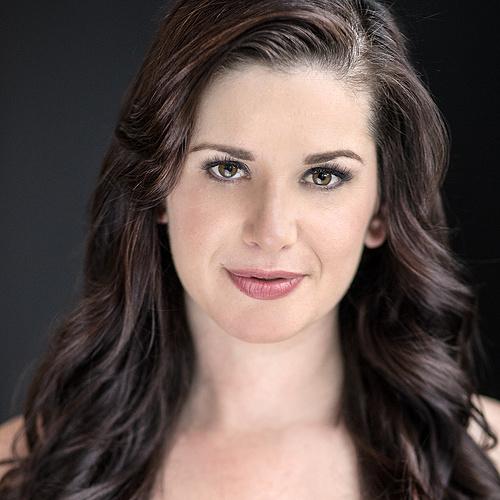 Lisa Ovies Creator Profile